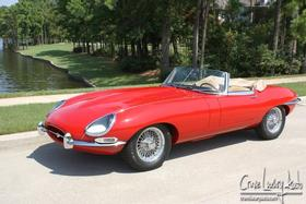 1965 Jaguar E-Type S1:24 car images available