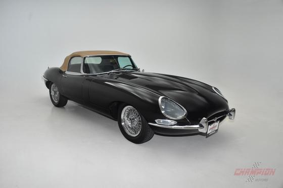 1967 Jaguar E-Type S1:24 car images available