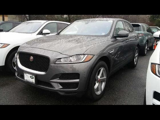 2017 Jaguar F-PACE 20d Premium : Car has generic photo