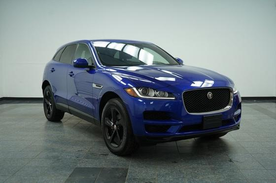 2018 Jaguar F-PACE 25t Premium:24 car images available