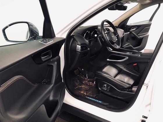 2020 Jaguar F-PACE 30t Prestige