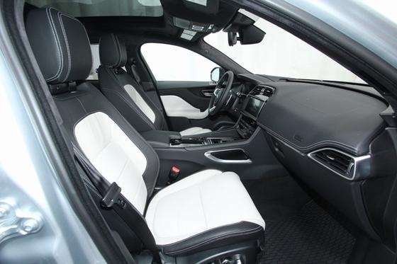 2019 Jaguar F-PACE 30t R-Sport