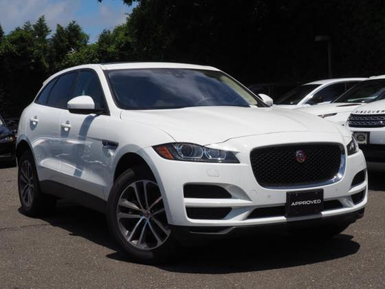 2017 Jaguar F-PACE 35t Premium:21 car images available