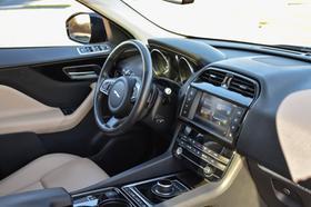 2017 Jaguar F-PACE 35t Premium