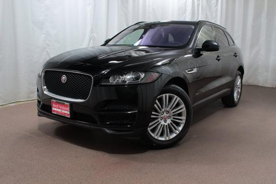 2017 Jaguar F-PACE 35t Premium:23 car images available