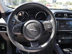 2018 Jaguar F-PACE 35t Premium