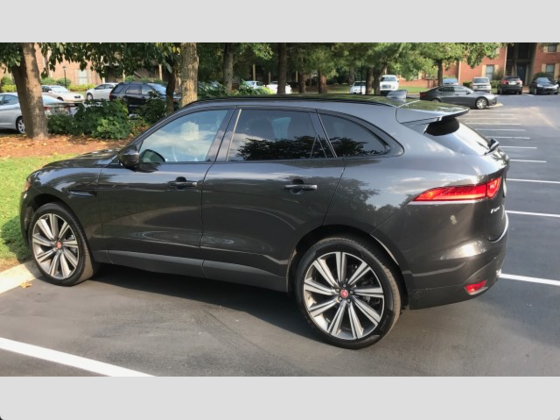 2017 Jaguar F-PACE 35t Prestige:10 car images available