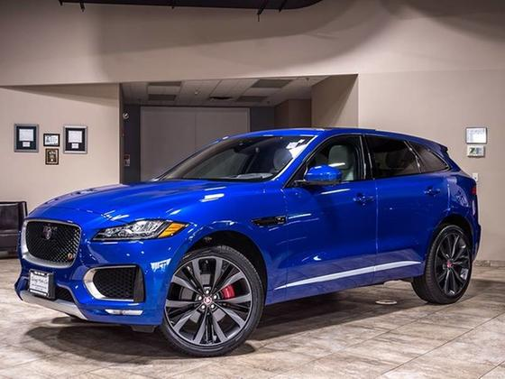 2017 Jaguar F-PACE First Edition:24 car images available