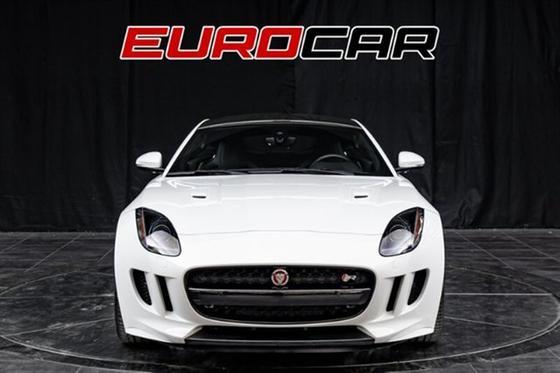 2016 Jaguar F-Type R