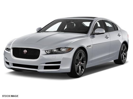 2017 Jaguar XE :2 car images available