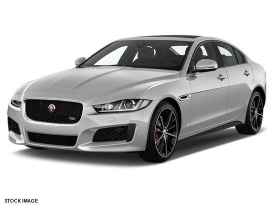 2018 Jaguar XE :2 car images available