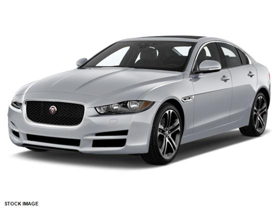 2017 Jaguar XE 35t Premium:2 car images available