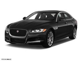 2017 Jaguar XF-Type 20d Prestige:3 car images available