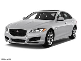 2018 Jaguar XF-Type 25t Premium:2 car images available