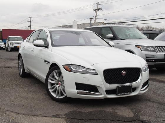 2017 Jaguar XF-Type 35t Prestige:21 car images available