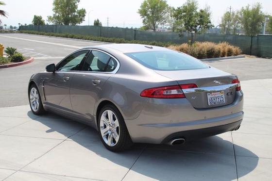 2010 Jaguar XF-Type Luxury