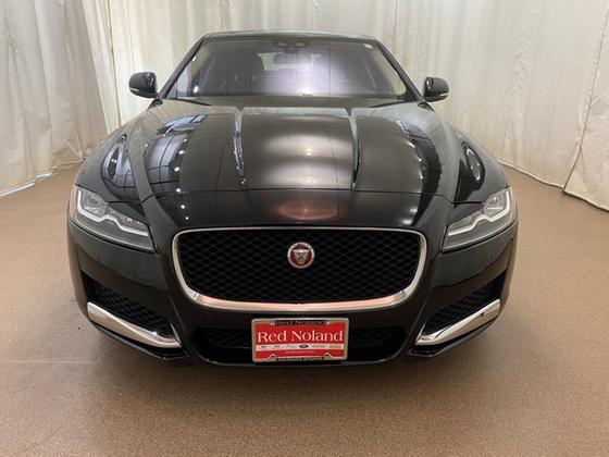 2017 Jaguar XF-Type Premium Luxury