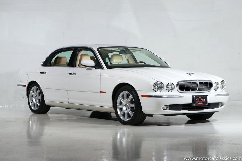 2005 Jaguar XJ-Type 8:24 car images available