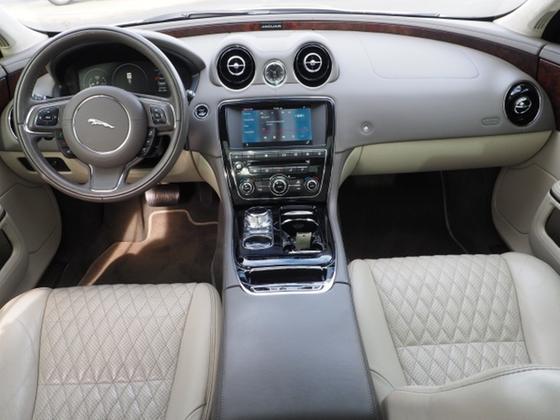 2016 Jaguar XJ-Type Portfolio
