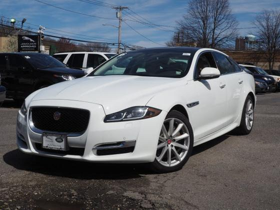 2016 Jaguar XJ-Type R-Sport:23 car images available
