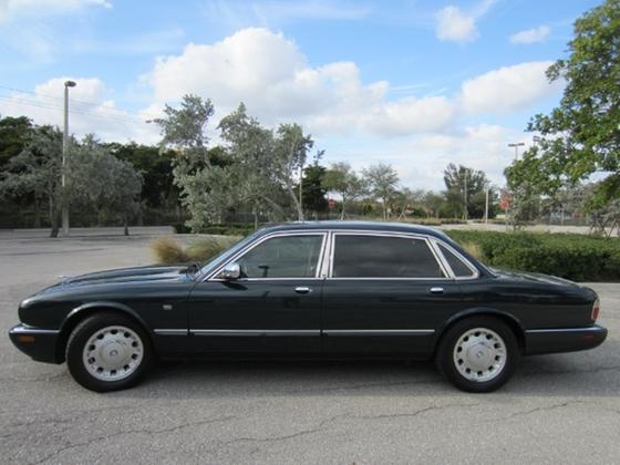 1998 Jaguar XJ-Type Vanden Plas:19 car images available