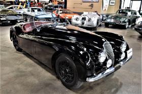 1954 Jaguar XK-Type 120:24 car images available