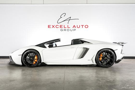 2014 Lamborghini Aventador :24 car images available