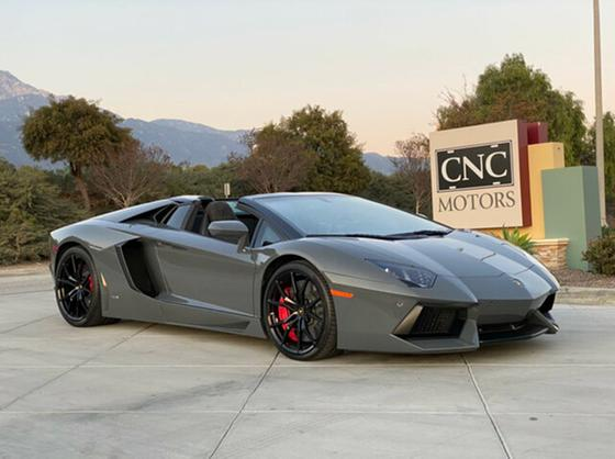 2015 Lamborghini Aventador :15 car images available