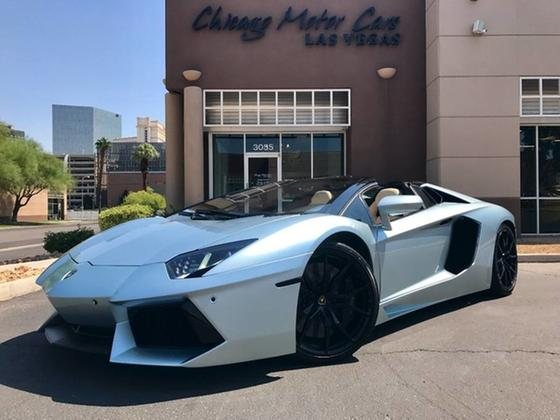 2013 Lamborghini Aventador LP700-4 Roadster:24 car images available