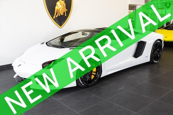 2015 Lamborghini Aventador LP700-4 Roadster:24 car images available