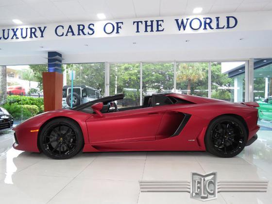 2016 Lamborghini Aventador LP700-4 Roadster:24 car images available