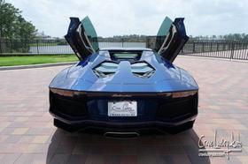 2014 Lamborghini Aventador LP700-4 Roadster