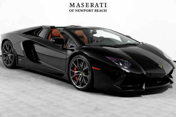 2015 Lamborghini Aventador LP700-4 Roadster:24 car images available