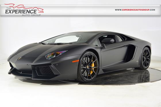 2015 Lamborghini Aventador LP700-4:24 car images available