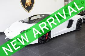 2016 Lamborghini Aventador LP700-4:24 car images available