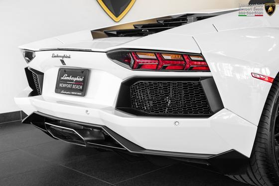 2016 Lamborghini Aventador LP700-4