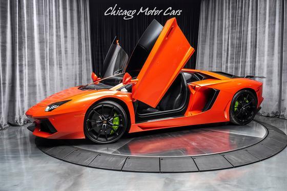2013 Lamborghini Aventador LP700-4:24 car images available