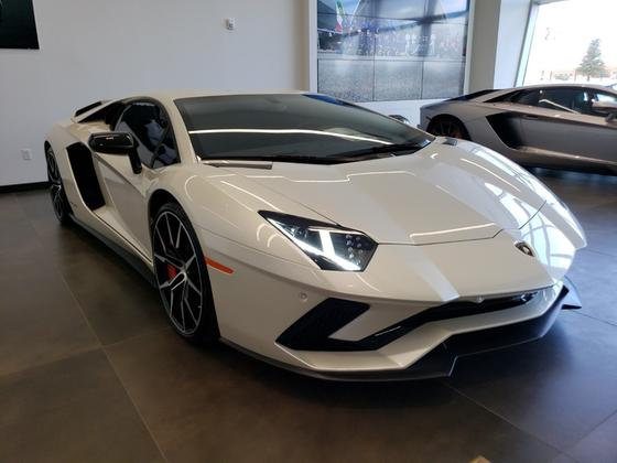 2017 Lamborghini Aventador S:24 car images available