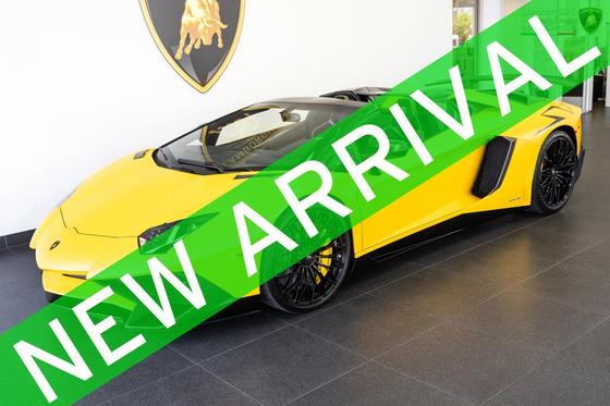 2016 Lamborghini Aventador SV Roadster:24 car images available