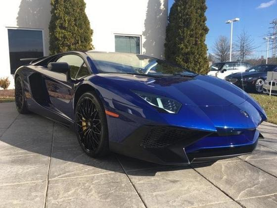 2016 Lamborghini Aventador SV : Car has generic photo