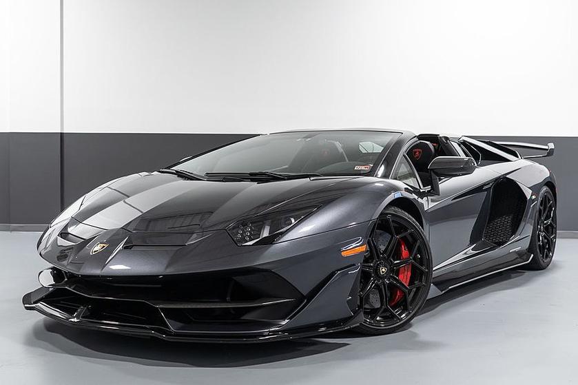 2021 Lamborghini Aventador SVJ:16 car images available