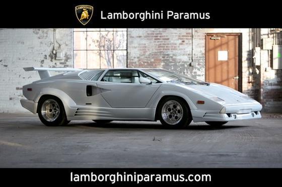 1990 Lamborghini Countach :24 car images available