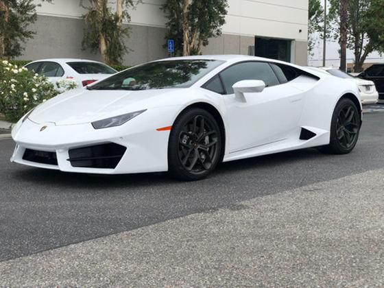 2017 Lamborghini Huracan :24 car images available
