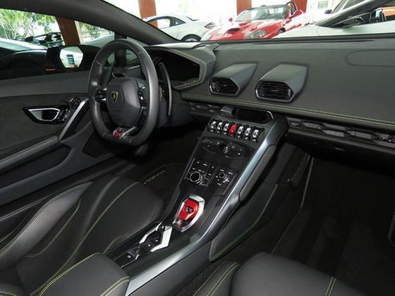 2019 Lamborghini Huracan Coupe