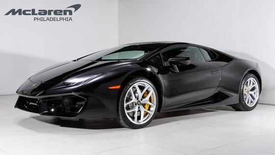 2019 Lamborghini Huracan LP 580-2:19 car images available