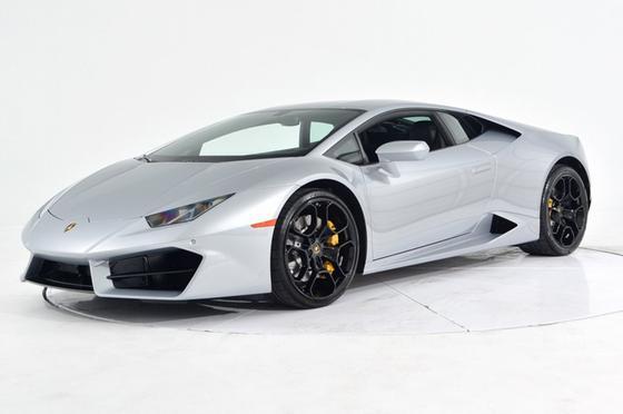 2019 Lamborghini Huracan LP 580-2:24 car images available