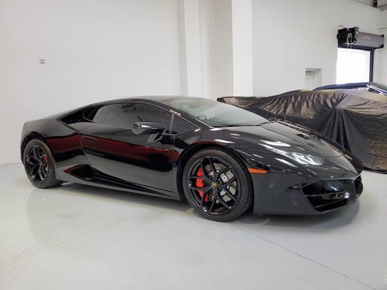 2017 Lamborghini Huracan LP 580-2:24 car images available