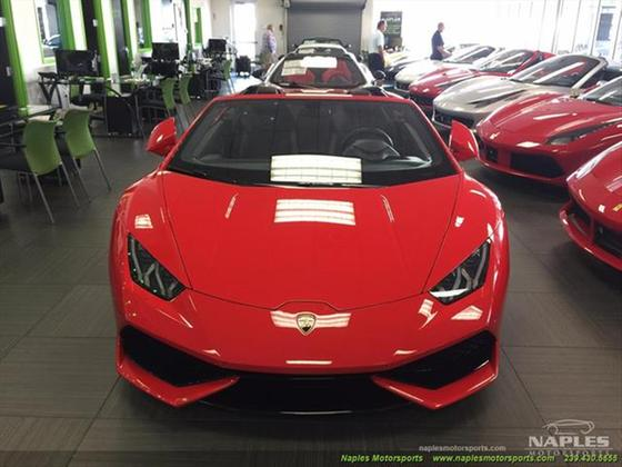 2017 Lamborghini Huracan LP 610-4 Spyder:18 car images available