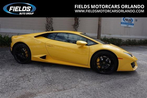 2017 Lamborghini Huracan LP580-2:24 car images available