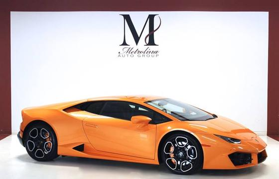 2016 Lamborghini Huracan LP580-2:24 car images available